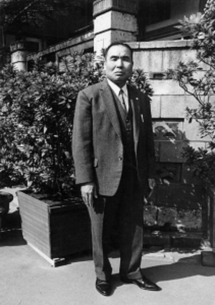 「東京硝子管製造株式会社」創業者である現社長の祖父